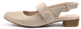 Django & Juliette New Emberly Womens Shoes Casual Shoes Flat