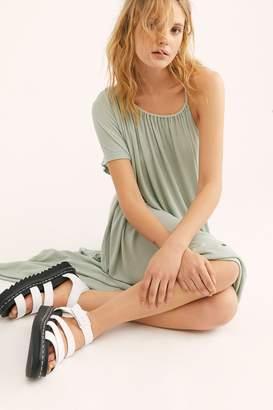 Dr. Martens Blaire Flatform Sandal