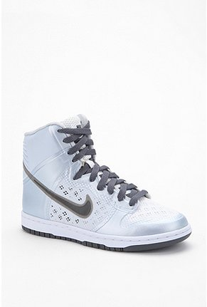 Nike Hyperfuse Skinny Dunk Sneaker