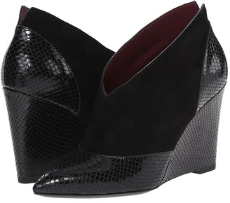 Marc by Marc Jacobs Mae Pointed Toe Wedge $398 thestylecure.com
