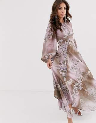 e5e556e4e5 Asos Design DESIGN long split sleeve maxi dress with open back in placed floral  print