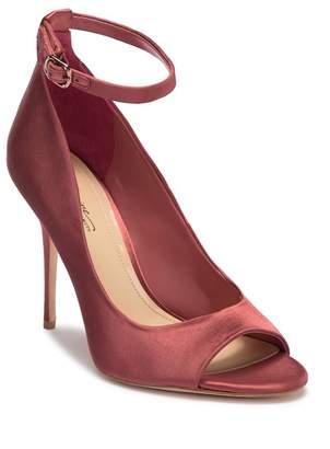 Vince Camuto Imagine Rielly Peep Toe Pump