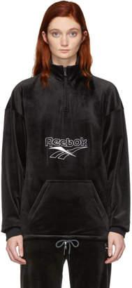 Reebok (リーボック) - Reebok Classics ブラック ベロア ベクター ハーフジップ スウェットシャツ