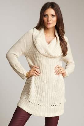 Shae Marilyn Sweater