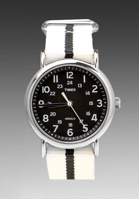 Timex Weekender in White/Black