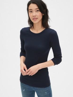 Gap Modern Long Sleeve Crewneck T-Shirt