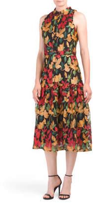 Sleeveless Embroidered Lace Leaf Nori Dress
