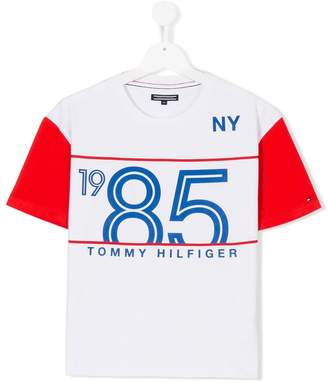 Tommy Hilfiger Junior 1985 print T-shirt