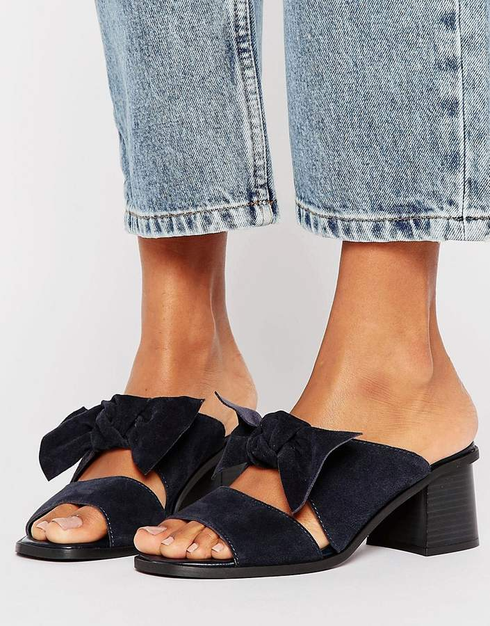 Asos ASOS TOULOUSE Suede Bow Mules