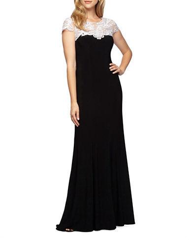 Alex EveningsAlex Evenings Plus Colorblocked Embroidered Yoke Gown