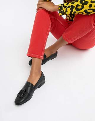Monki tassel detail loafer in Black