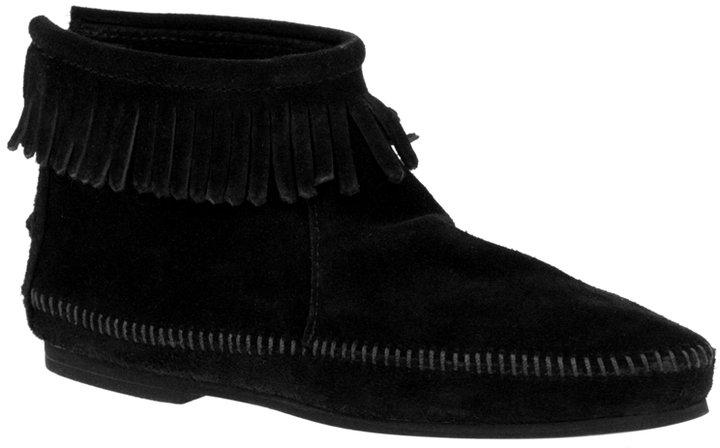 Minnetonka Back Zipper Boot