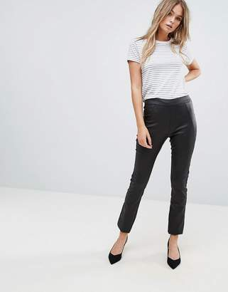 Vero Moda Coated Leggings