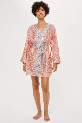 Topshop Key To Freedom Floral Robe