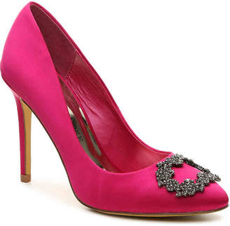 Audrey Brooke Bella Pump - Women's