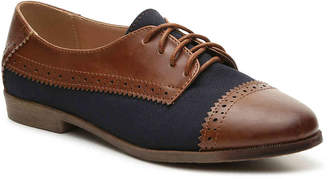 7ae5665dd8c2 Navy Oxford Shoes Woman - ShopStyle