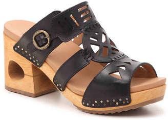 Dansko Oralee Platform Sandal - Women's