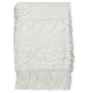 Bed Bath & Beyond Coastal Life Medallion Chenille Throw Blanket in White