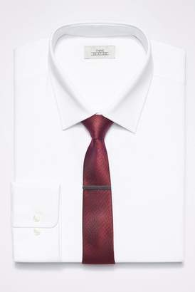 Next Mens White Regular Fit Single Cuff Shirt With Burgundy Tie And Tie Clip Set