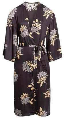 Amuse Society Let's Unwind Floral Print Kimono