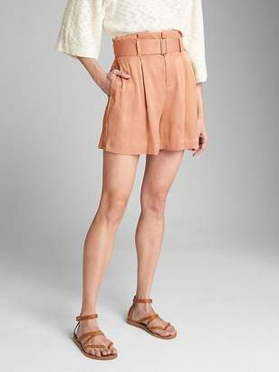 "Gap High Rise 3.5"" Drapey Shorts with Belt"