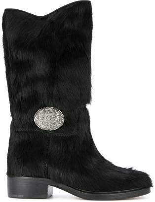 Chanel Pre-Owned CC plaque boots