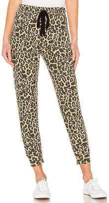 LnA Brushed Leopard Pant