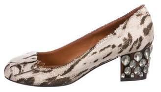 Lanvin Embellished Round-Toe Pumps amazon sale online NFtOZu