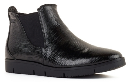 CougarCougar Sass Patent Chelsea Boot