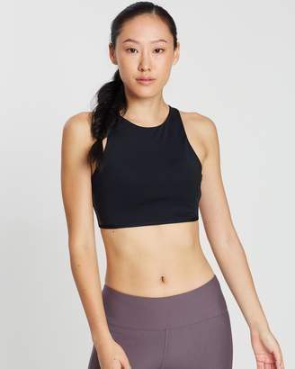Under Armour Breathelux Carved Rib Sports Bra