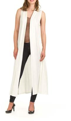 Papillon Sleeveless Duster $89 thestylecure.com