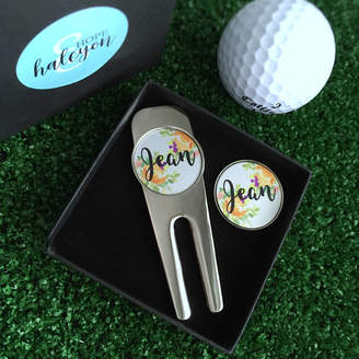 Hope and Halcyon Personalised Flower Golf Tool And Ball Marker Set
