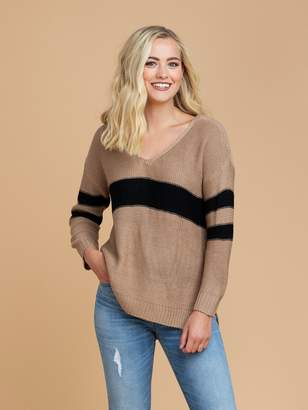 Goodnight Macaroon 'Pansy' Camel Two Tone High Low V-Neck Sweater