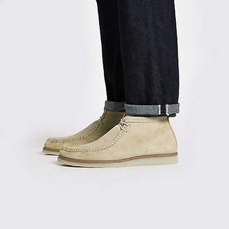 River Island Mens Beige suede lace up moccasin boot
