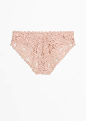 Daisy Lace Hotpants
