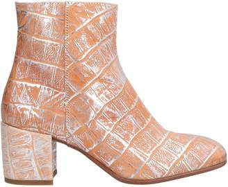 Alexander Hotto Ankle boots - Item 11579860GJ