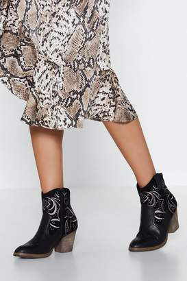 Nasty Gal Old School Westerns Embroidered Boot