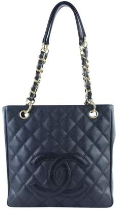 Chanel Grand shopping leather handbag