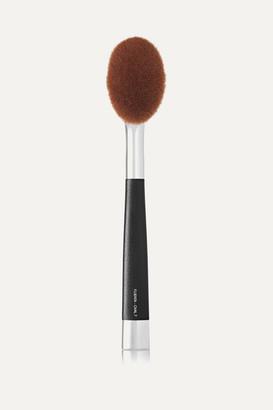Artis Brush Fluenta Oval 7 Brush
