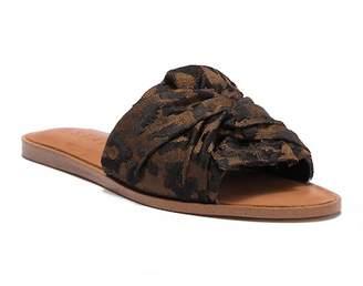 1 STATE 1.State Chevonn Slide Sandal
