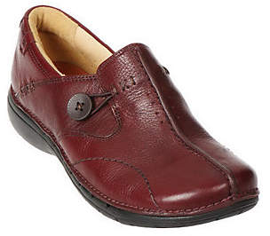 Clarks Leather Slip-on Shoes -Un.Loop