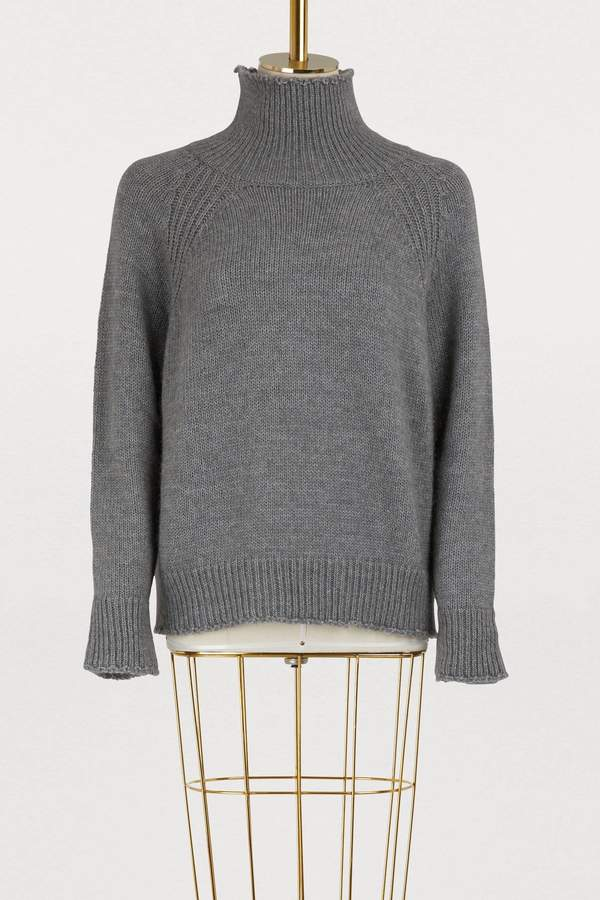 Straight collar pullover
