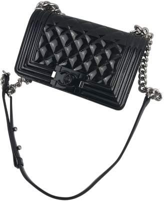 Chanel Boy patent leather crossbody bag