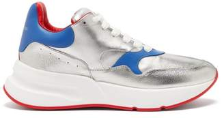 Alexander McQueen Runner Raised Sole Low Top Leather Trainers - Mens - Silver Multi