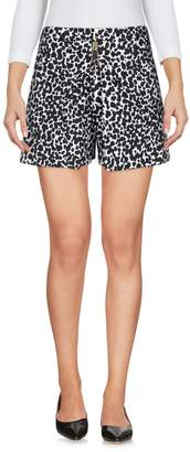 Moschino Shorts - Item 36956622RV