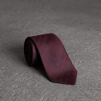 Burberry Classic Cut Check Silk Jacquard Tie