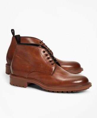 Brooks Brothers 1818 Footwear Lug-Sole Leather Chukka Boots