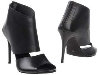 Evado Ankle boots