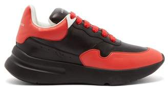 Alexander Mcqueen - Raised Sole Low Top Leather Trainers - Mens - Black Red