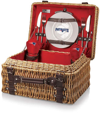 Picnic Time New England Patriots Champion Picnic Basket